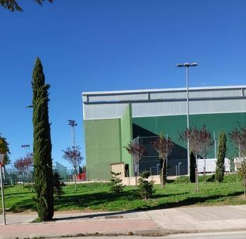 IU de Azuqueca denuncia que el gobierno de Blanco sabía que no contaba con ningún respaldo legal para ceder el uso del Frontón del Complejo deportivo San Miguel a los locales de ocio nocturno