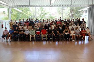 Firmada la funcionarización de 53 plazas de personal laboral del Ayuntamiento de Azuqueca,