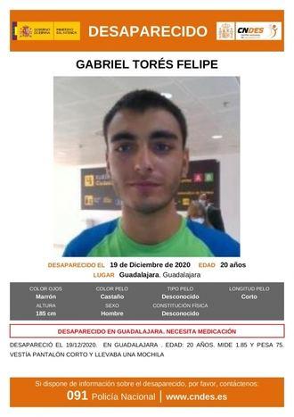 ATENCIÓN : La Policia Nacional pide colaboración para localizar a un joven de 20 años DESAPARECIDO en Guadalajara
