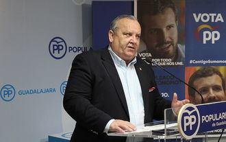 El senador del PP por Guadalajara González Lamola afirma que las recetas económicas de la izquierda siempre se pagan con más paro