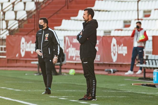 El Alba destituye a su entrenador, el vasco López Garai