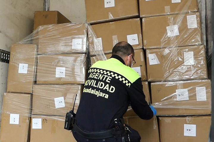 El Ayuntamiento de Guadalajara anuncia que repartirá cinco mascarillas por domicilio en los próximos días