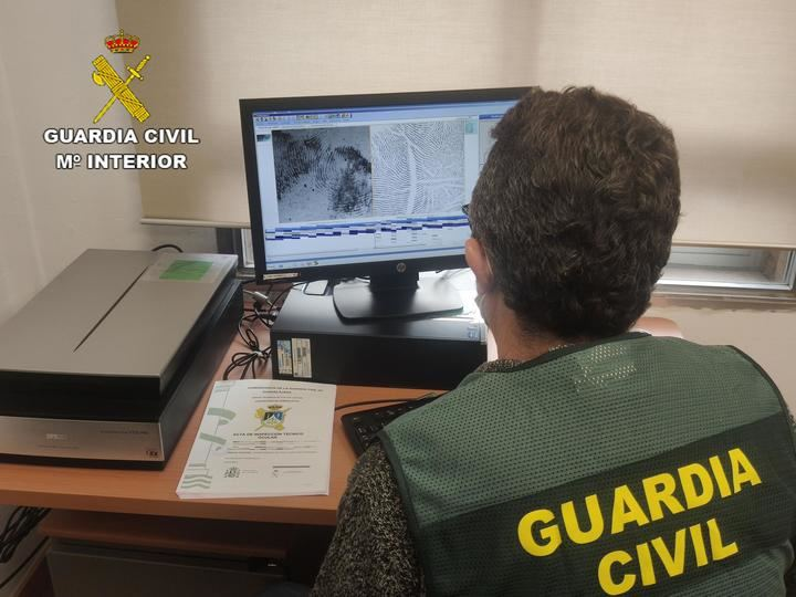 La Guardia Civil de Guadalajara detiene, gracias al ADN, a un hombre como presunto autor de un robo con violencia e intimidación cometido en El Casar