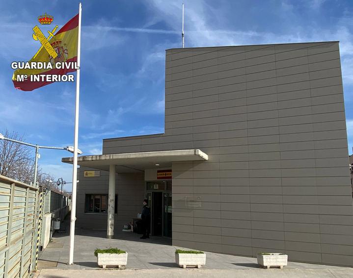 La Guardia Civil detiene a dos personas en Azuqueca por robo en una vivienda