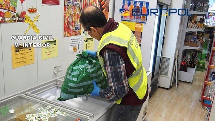 La Guardia Civil con la Europol desmantela un fraude alimentario con 17 detenidos e imputados en Ciudad Real