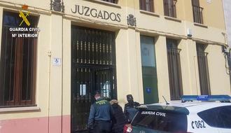 La Guardia Civil detiene a una persona en Sigüenza por tentativa de estafa y usurpación del estado civil