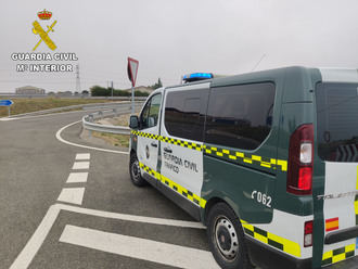 La Guardia Civil impone hasta 14 infracciones al conductor de un camión que circulaba por Trijueque