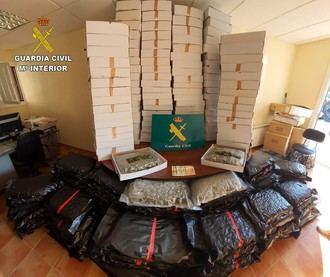 Dos detenidos en Toledo por traficar con 230 kilos de cogollos de marihuana ocultos en cartones