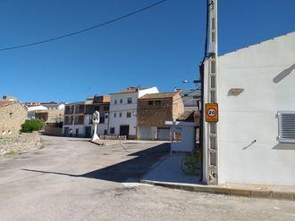 INCOMPRENSIBLE : El Ayuntamiento de Henarejos reclama que se conecte YA la electricidad en el retén de incendios para que esté totalmente operativo