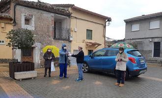 El ayuntamiento de Henche reparte mascarillas, guantes y gel hidroalcohólico entre sus vecinos