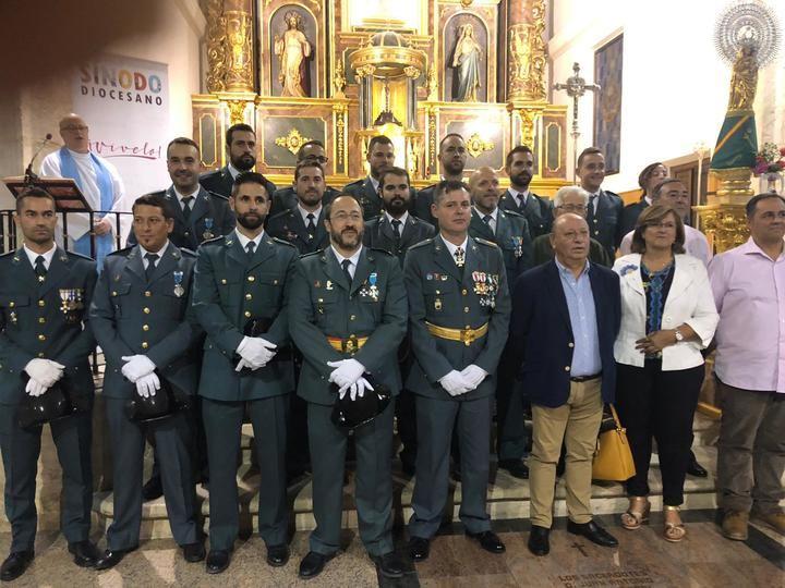 Alcaldes y concejales de la demarcación de Horche acompañan a la Guardia Civil en el Día del Pilar