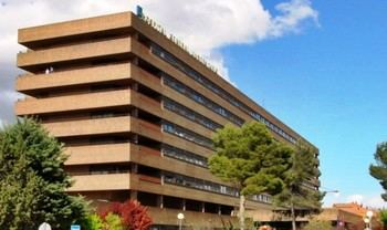 Trasladan al hospital a un hombre de 33 años herido por arma de fuego en La Roda