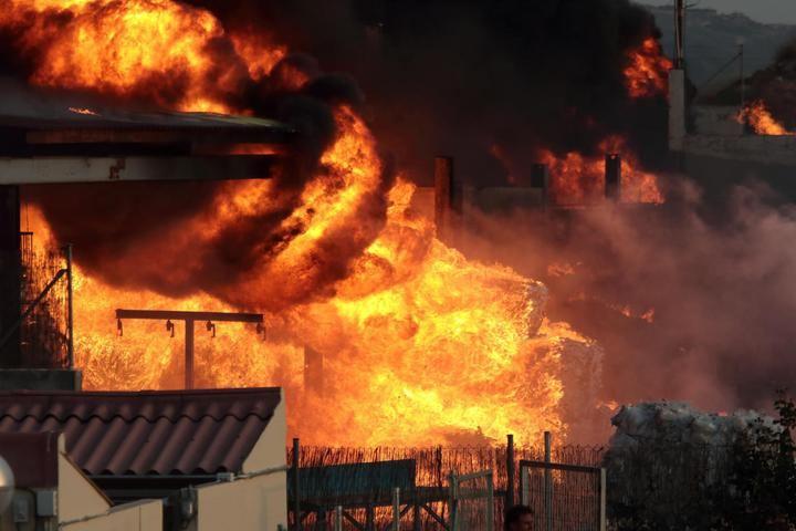 MACROJUICIO INCENDIO CHILOECHES : El exviceconsejero de la Junta niega trato de favor con las empresas gestoras de la planta incendiada