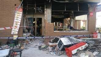 Aparatoso incendio, sin heridos, en el Kebab de la calle Segovia de Guadalajara capital