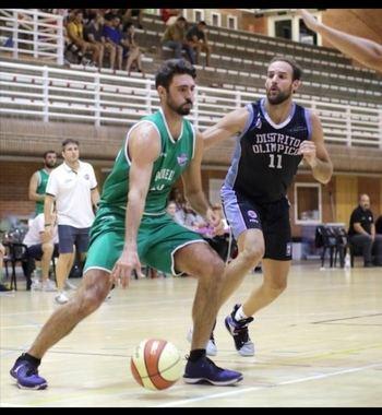 El escolta canario Alejandro Hernández y el ala-pivot madrileño Alberto de la Torre refuerzan la plantilla del Isover Basket Azuqueca