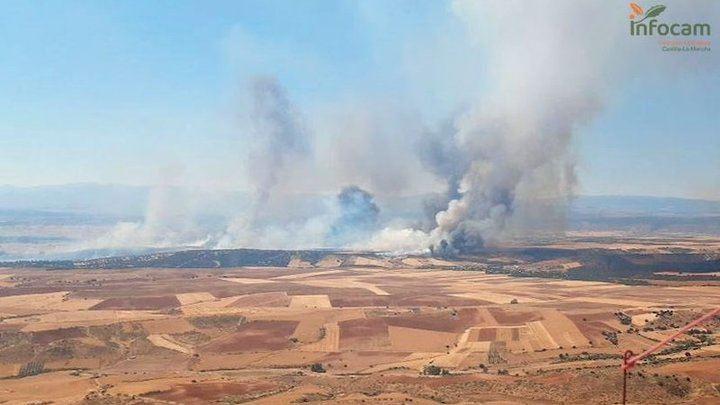 Controlado el incendio de El Casar donde continúan 5 medios terrestres y 20 efectivos