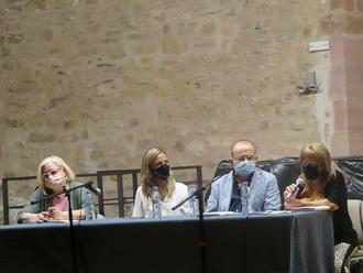 Javier Sanz presenta en El Pósito su 'Historia de la Medicina de la ciudad de Sigüenza'