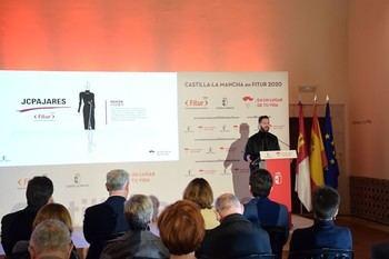 JCPAJARES diseña los uniformes del personal de Castilla-La Mancha para la Feria Internacional del Turismo 2020