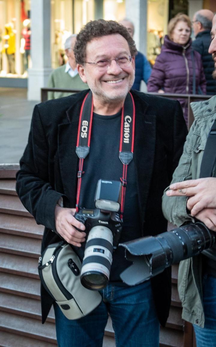 Jesús Ropero, histórico fotógrafo municipal, se jubila este lunes después de cuatro décadas de servicio a la ciudad