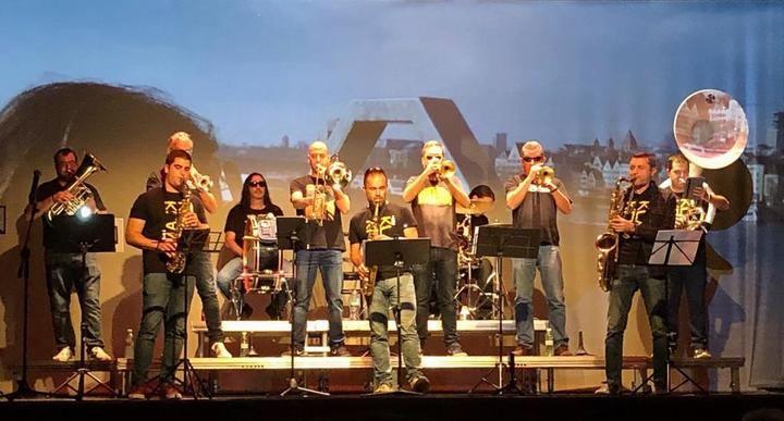"""KLANDESTINOS (1989-2019) Concierto 30º aniversario de """"KLANDESTINOS"""" celebrado en el Teatro Moderno de Guadalajara"""