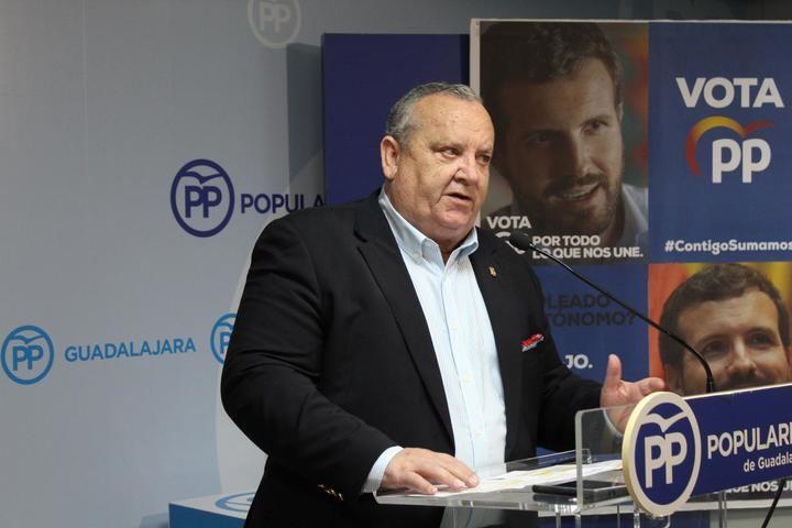 El PP critica el oportunismo de Page y le exige que reclame a Sánchez la ruptura del acuerdo con la extrema izquierda y se ponga a trabajar por el bien de España y de los españoles