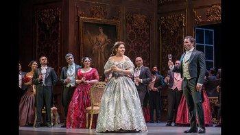 """El Teatro Real reabre el 1 de julio con """"La Traviata"""""""