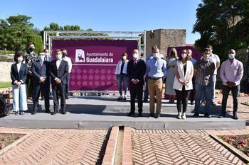 El Ayuntamiento de Guadalajara presenta la nueva imagen corporativa que lucirá junto al escudo de la ciudad