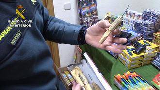 La Guardia Civil aconseja a los ciudadanos sobre la adquisición y uso de material pirotécnico