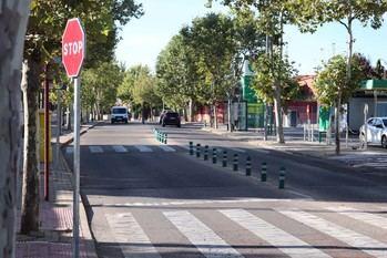 """Mejoras en la iluminación de la calle Zalagarda, y nuevos """"guardias tumbados"""" para Avenida de Guadalajara y Año Mariano de Cabanillas"""