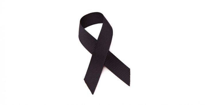 """Los taxistas de Guadalajara guardan un minuto de silencio por el compañero """"aparecido muerto en su taxi con una puñalada"""" en Alcalá de Henares"""