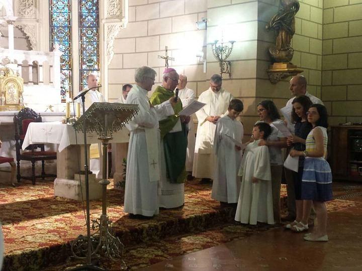 Las misas en Guadalajara deberán ser cortas, con mascarilla y sin contacto personal, agua bendita, folletos o coro