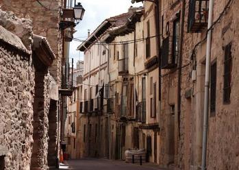 ALERTA COVID : Molina de Aragón pasa en TAN SOLO una semana de una incidencia de 2.381 casos/100.000 habitantes a 3.694 casos/100.000 habitantes