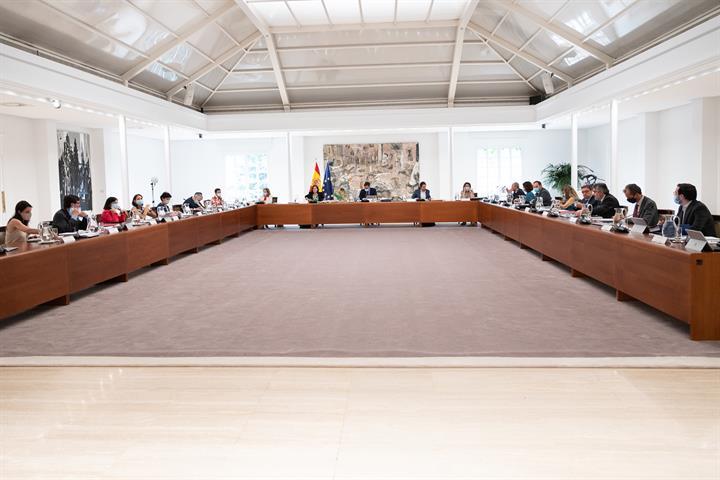 ÚLTIMA HORA : Pedro Sánchez hará ESTE SÁBADO cambios en el Gobierno, SOLO en la parte del PSOE