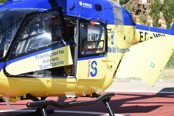 Rescatan en helicóptero a una senderista herida en un paraje de Valverde de los Arroyos