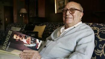 Muere el historiador Carlos Seco Serrano a los 96 años por el coronavirus