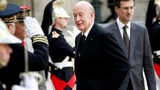 Muere por el coronavirus el expresidente francés Valéry Giscard d'Estaing a los 94 años