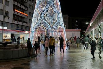 ATENCIÓN : Castilla-La Mancha adelanta EL TOQUE DE QUEDA los días 24 y 31 de diciembre a las 0.30 horas y MANTIENE los grupos de DIEZ personas en las celebraciones