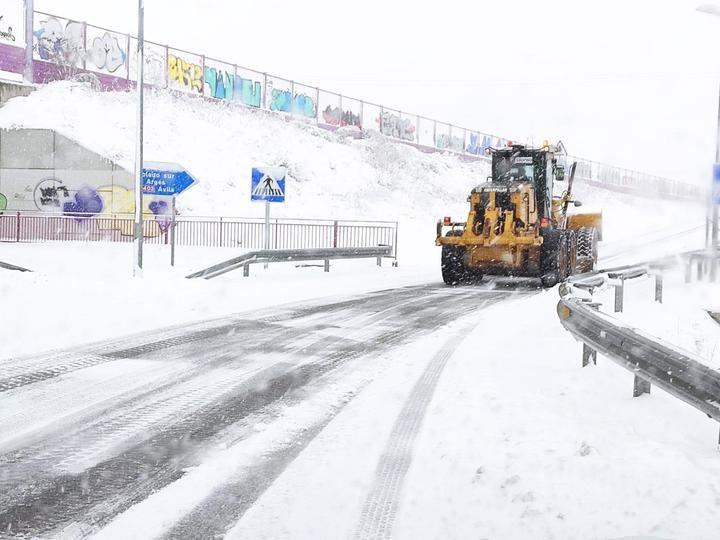 1.250 kilómetros de carretera afectados por el temporal de nieve este viernes en Guadalajara