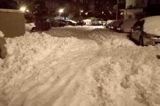 LO PEOR DE FILOMENA: Hallan el cadáver de un hombre bajo la nieve en la calle Arganda de Madrid