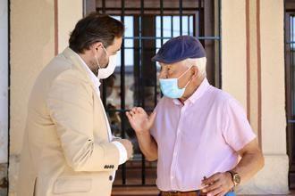 Durante su visita a Aranzueque, Paco Núñez reclama a Page que inicie los trámites para la contratación de 5.000 sanitarios más para reforzar el sistema sanitario de CLM
