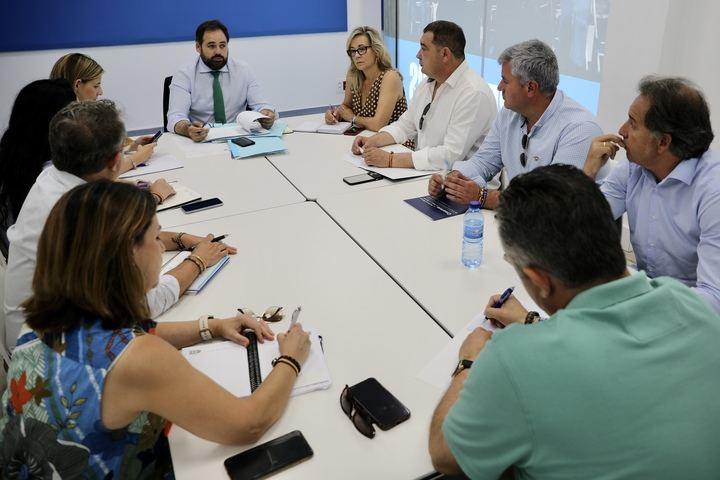 """Paco Núñez afirma que el socialista Page es hoy """"más cómplice que nunca"""" de la """"alta traición"""" de Sánchez a España"""