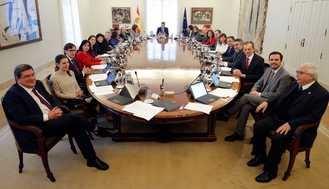 El Círculo de Empresarios pide un ERTE para los funcionarios y reducir altos cargos y ministerios