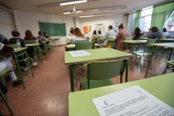 Un total de 1.163 personas se examinan hoy en Guadalajara para obtener una plaza de Auxiliar de Enfermería o Auxiliar Técnico Educativo