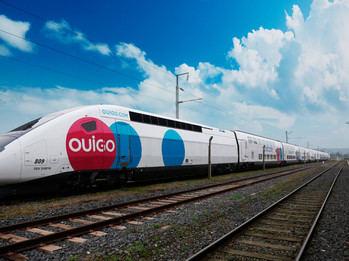 La estación de Atocha recibe al primer tren de OUIGO que circulará tras las liberalización ferroviaria en España