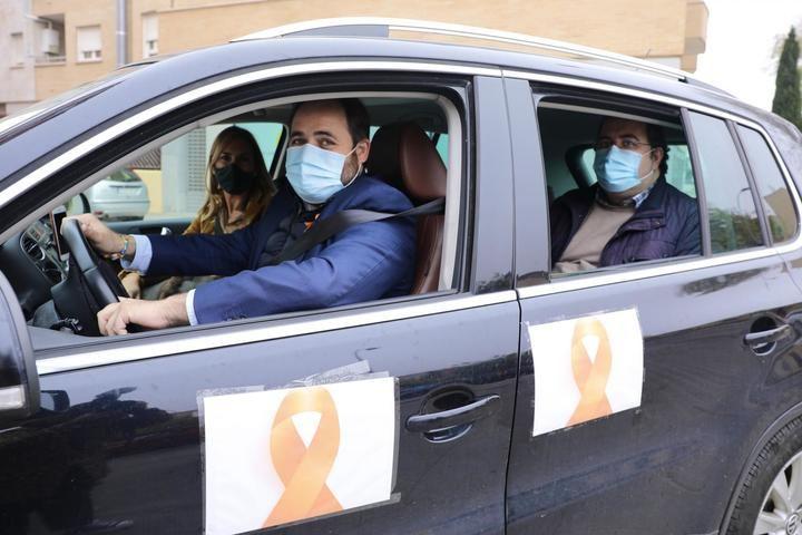 Miles de coches se manifiestan en TODA Castilla-La Mancha CONTRA la' ley Celaá' que se está tramitando SIN consenso NI diálogo