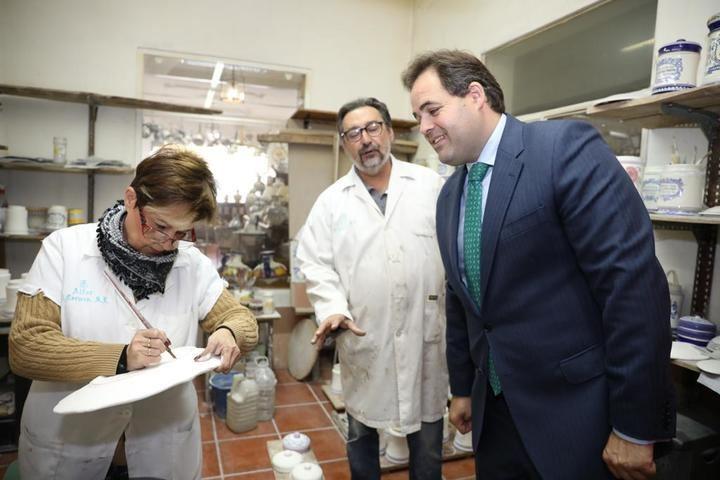 """Paco Núñez señala que la declaración de la cerámica de Talavera y Puente como Patrimonio Inmaterial de la Humanidad es una """"noticia sensacional"""" para C-LM"""
