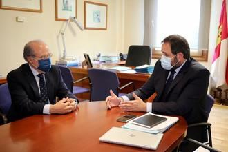Núñez muestra su apoyo a la declaración del Teatro Circo de Albacete como Patrimonio Mundial de la Humanidad