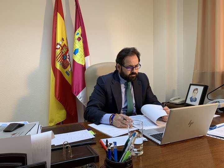 """Paco Núñez reitera su """"lealtad y disposición"""" para apoyar las medidas adoptadas por los gobiernos nacional y regional con el fin de atajar la crisis del coronavirus"""