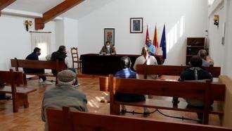 Paco Núñez visita Tamajón y reclama la puesta en marcha de un programa de Turismo 2030. Eugenio Esteban ha hecho lo propio con la mejora de las comunicaciones Tamajón-comunidad de Madrid-Castilla León