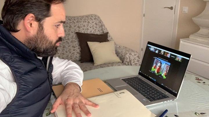 Paco Núñez, preocupado por los transportistas de Castilla La Mancha atrapados en Reino Unido, EXIGE a Page y Sánchez que RESUELVAN el problema